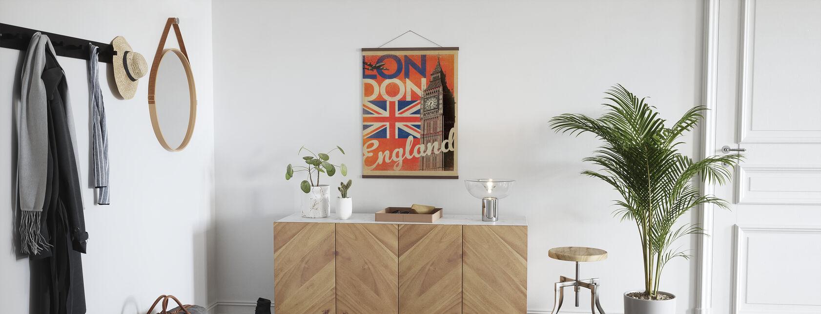 London - Poster - Hallway