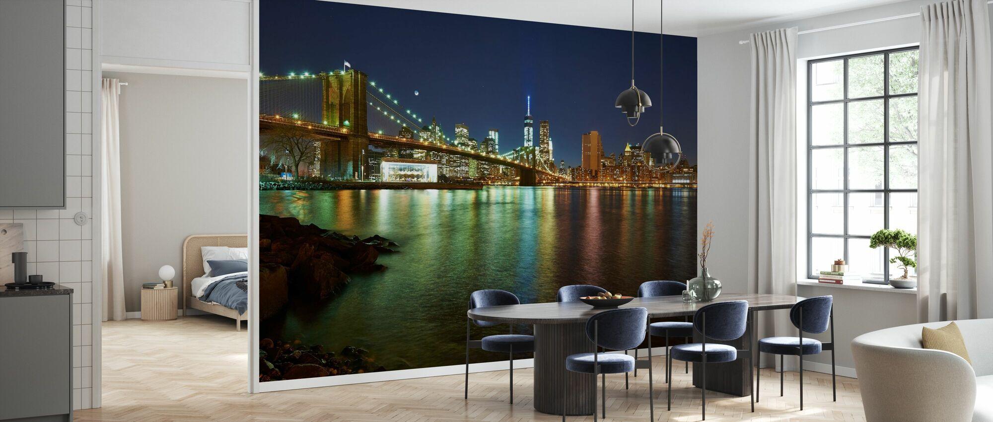 New Freedom Tower och Brooklyn Bridge - Tapet - Kök
