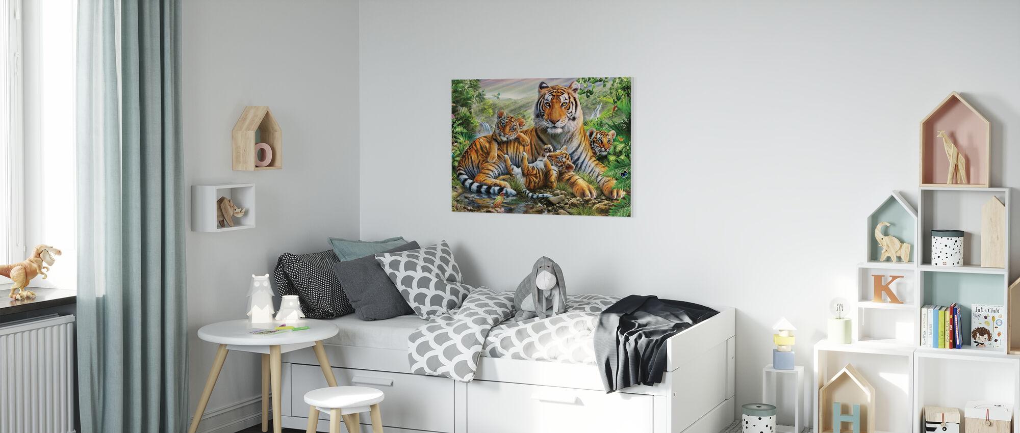 Tijger en welpen - Canvas print - Kinderkamer