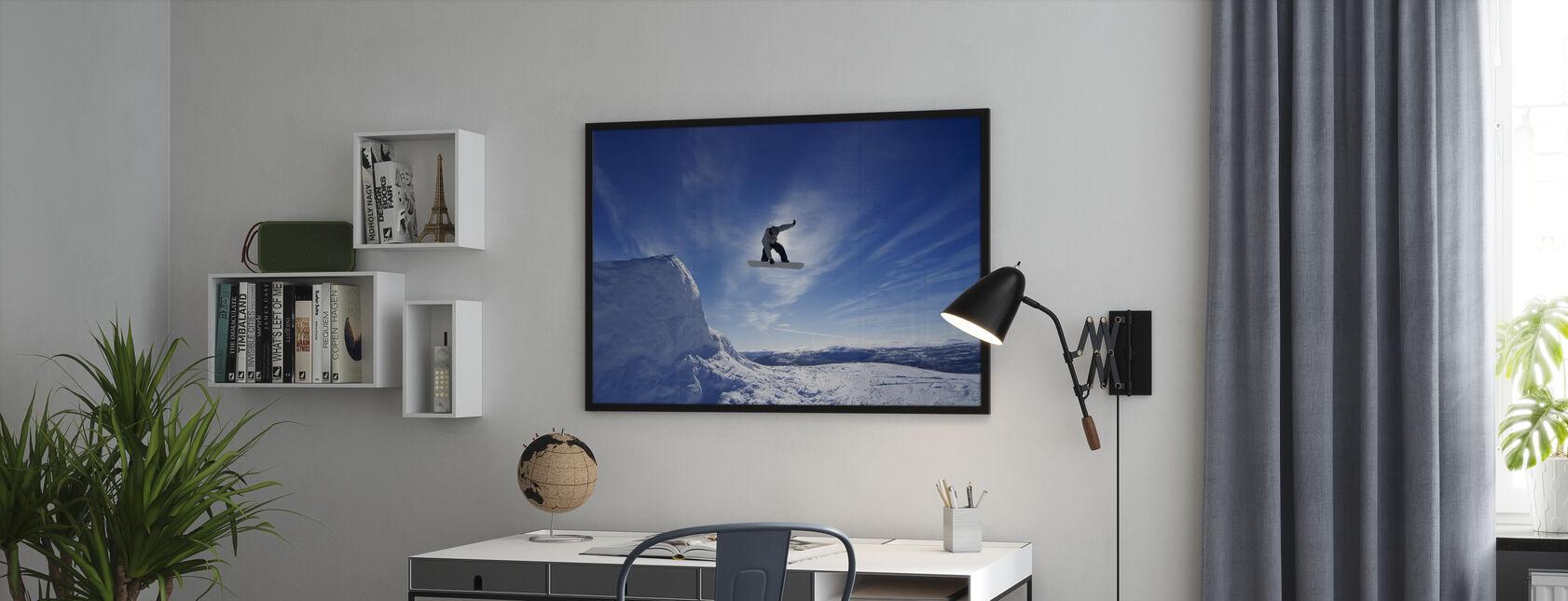 Snowboard Big Air Jump - Ingelijste print - Kantoor