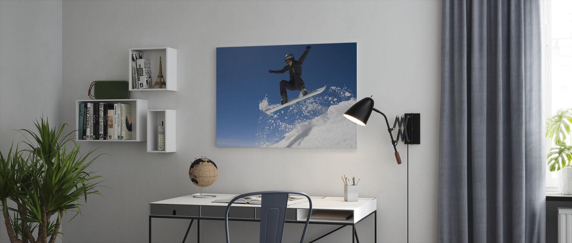 Snowboarder Hoppe gjennom luft - Lerretsbilde - Kontor