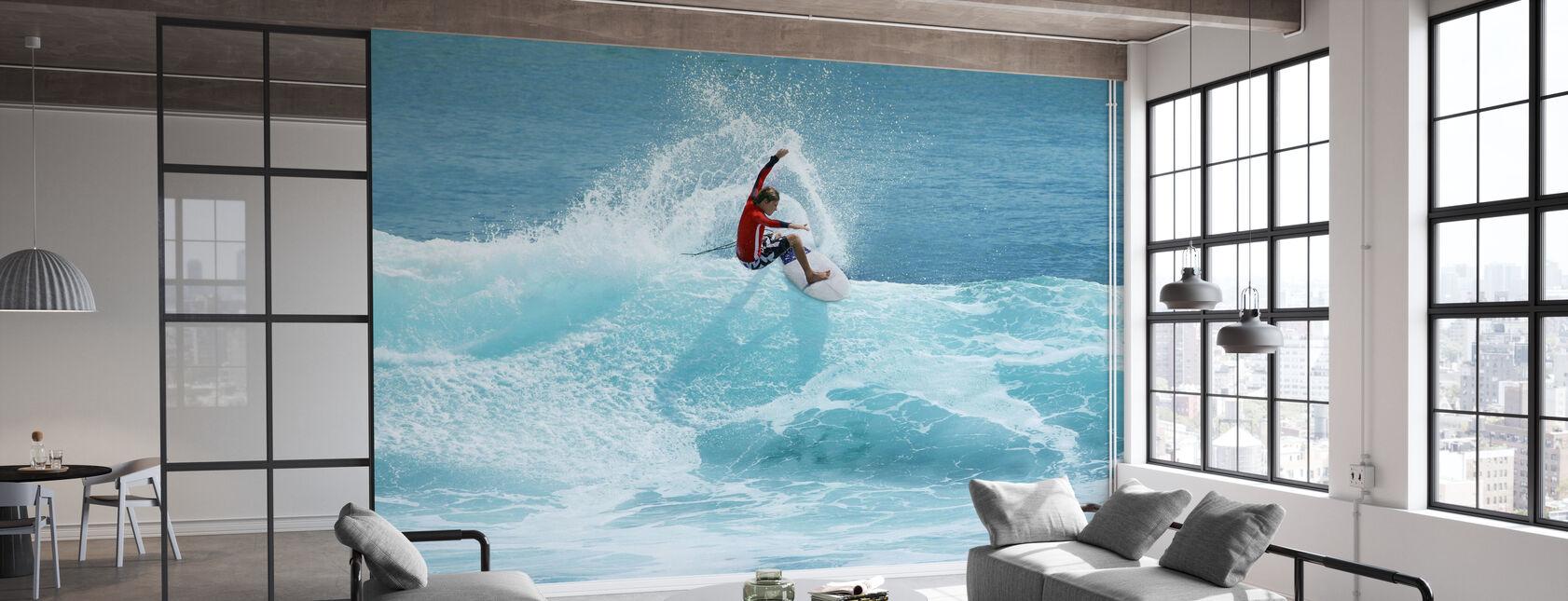 Surfer carving Top af bølge - Tapet - Kontor