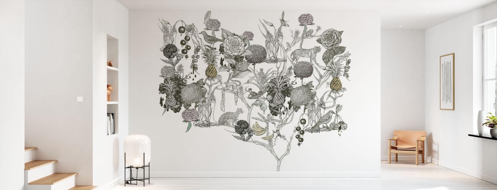 Wild at Heart 4 - Wallpaper - Hallway