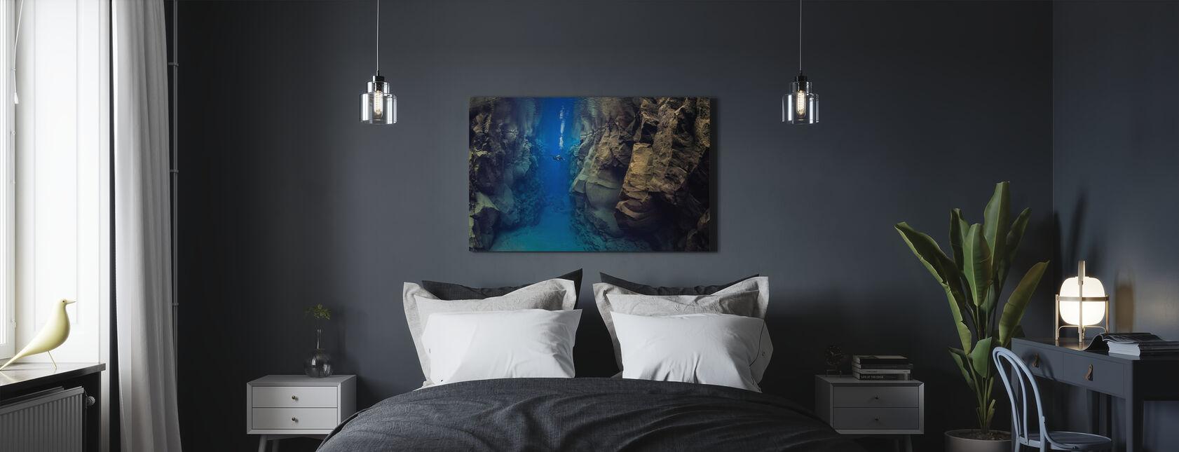Sukeltaja mannerlaattojen välissä - Canvastaulu - Makuuhuone