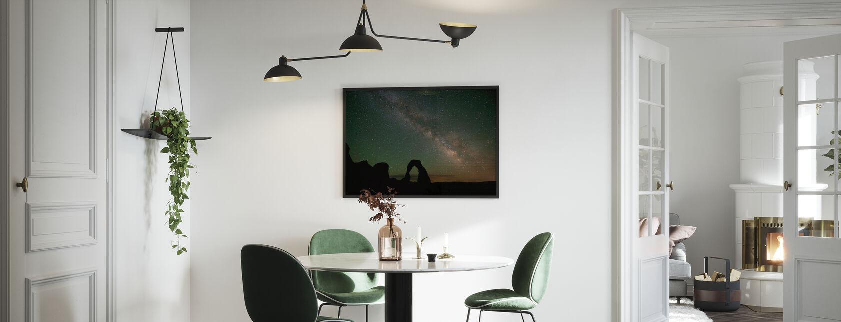 Kivi kaari ja Linnunrata - Kehystetty kuva - Keittiö