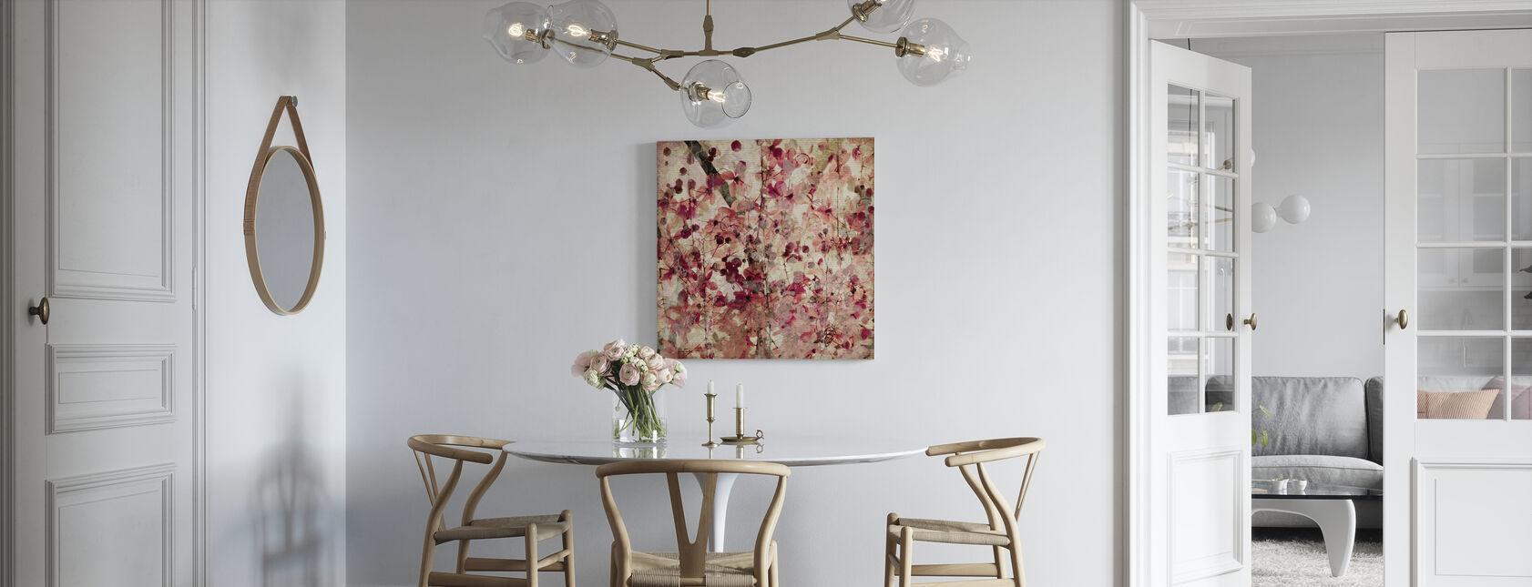 Blomstryck på ribbad bambu - Canvastavla - Kök