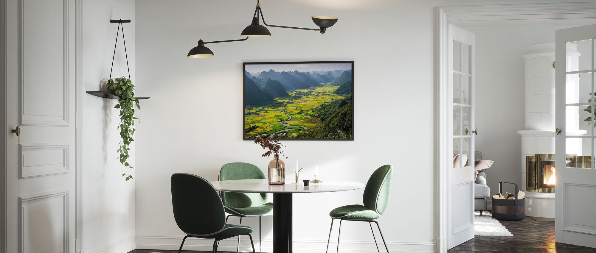 Bacha Valley - Framed print - Kitchen