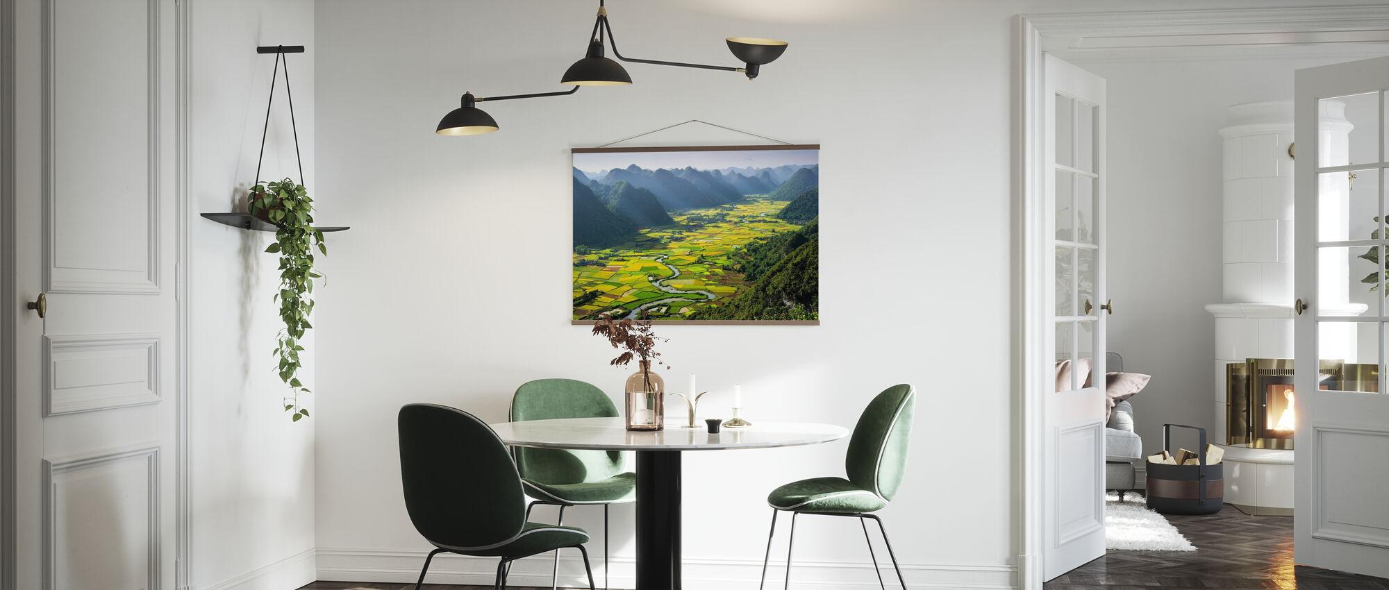 Bacha Valley - Poster - Kitchen