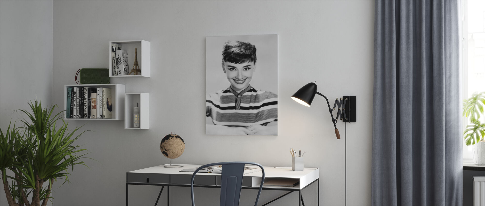 Aud in Stripes - Canvas print - Office