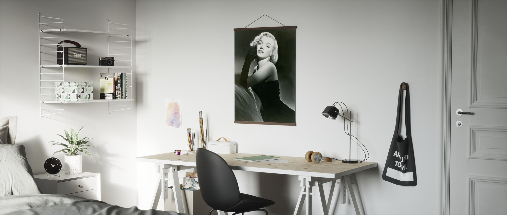 Portrait of Glamour - Poster - Office