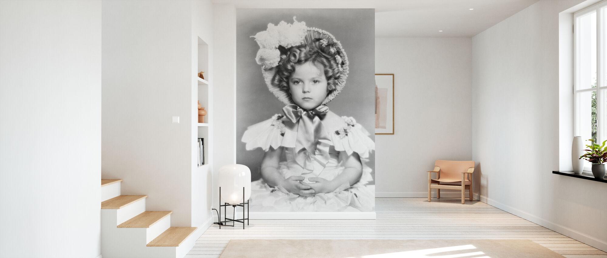 The Little Colonel - Wallpaper - Hallway