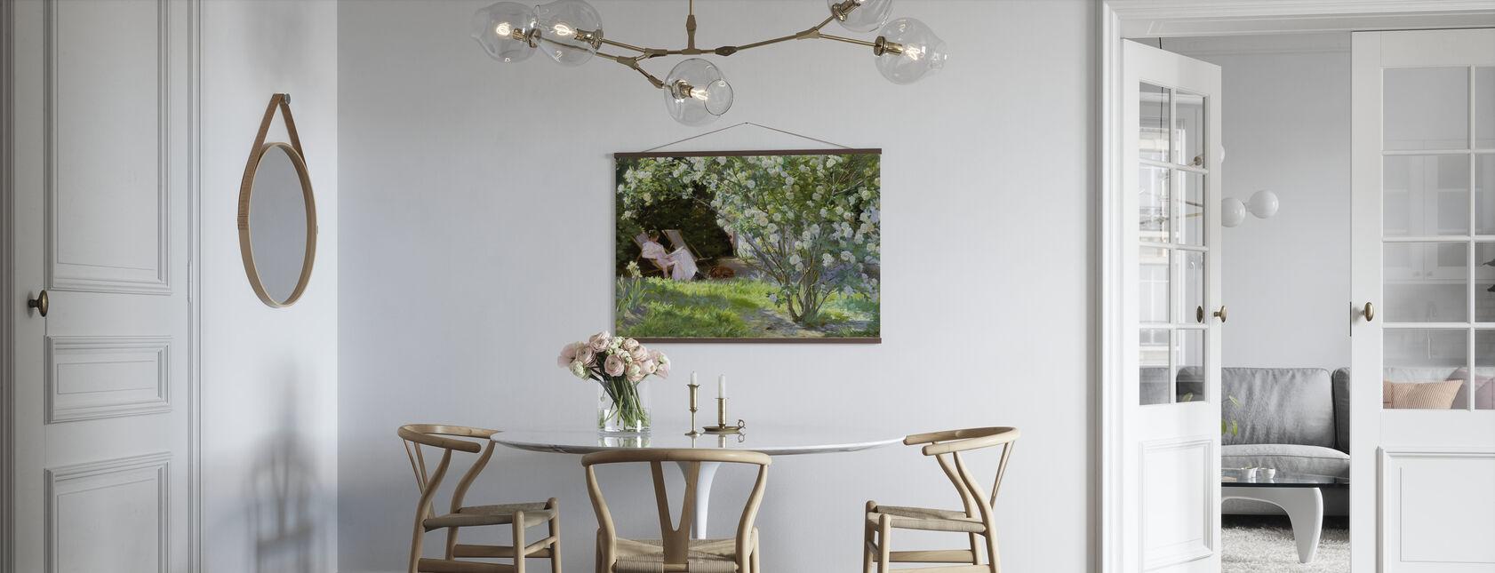 Konstnärens fru i Skagens trädgård - Peder Severin Kroyer - Poster - Kök
