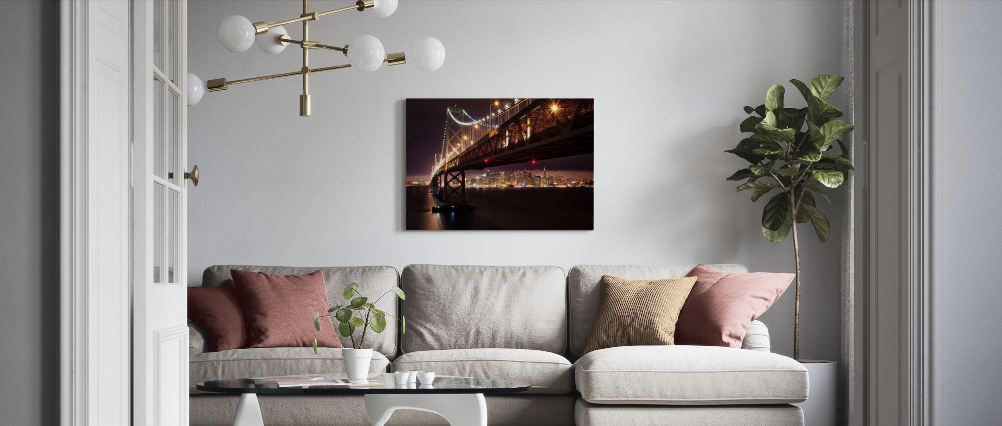 Bay Bridge i natten - Billede på lærred - Stue