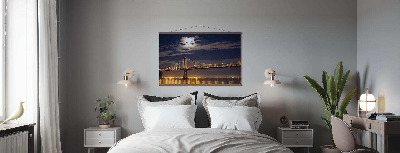 Moonrise over Bay Bridge - Plakat - Soverom