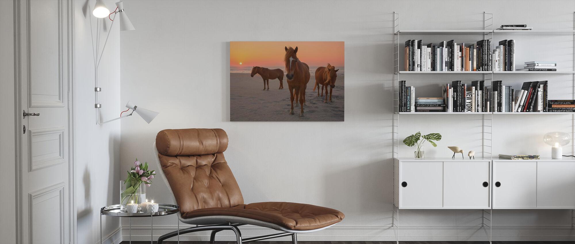 Kastanje hester på Sunset Beach - Lerretsbilde - Stue