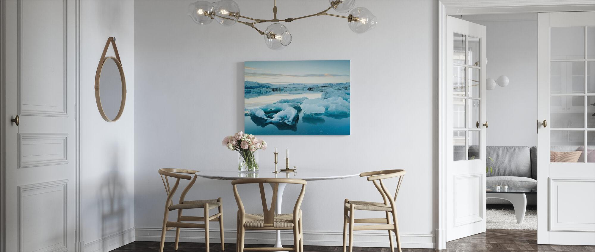 Skulpturell is - Lerretsbilde - Kjøkken