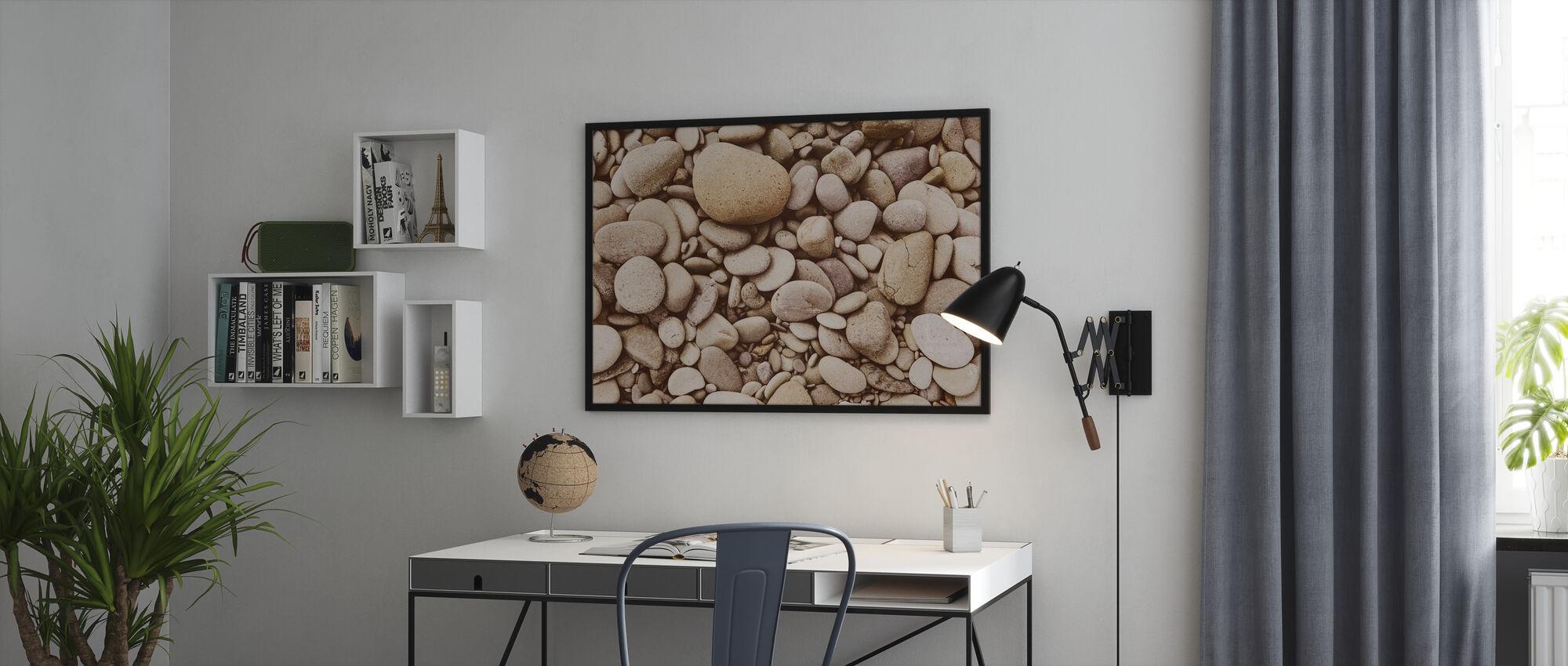 Kiillotettu kivi - Kehystetty kuva - Toimisto