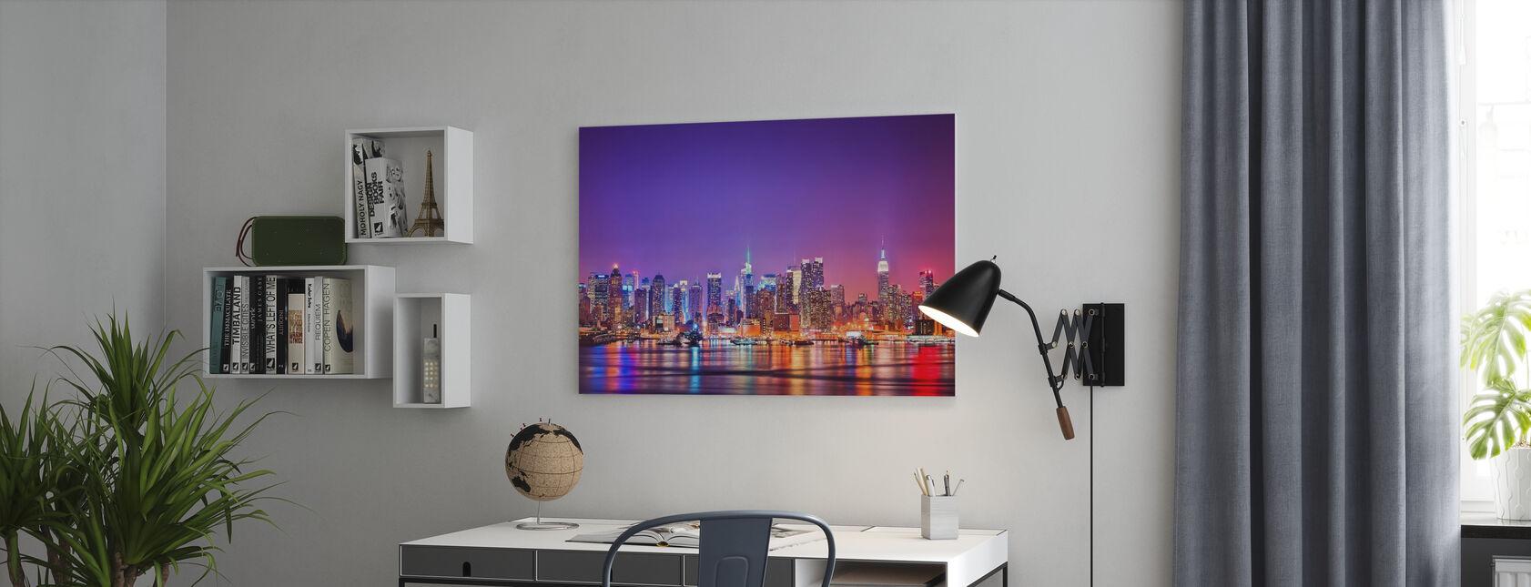 New York i rosa - Lerretsbilde - Kontor