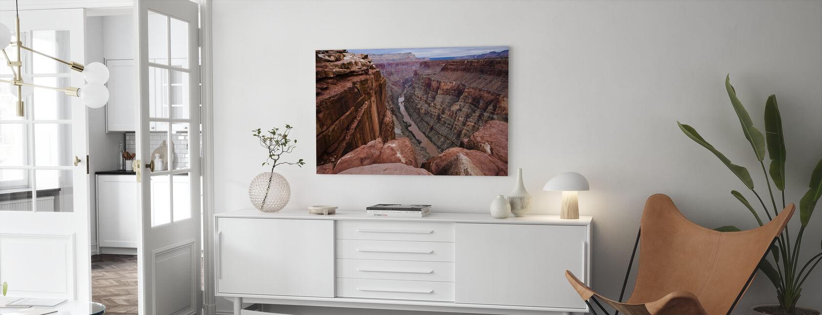 Hoog boven de rivier de Colorado - Canvas print - Woonkamer
