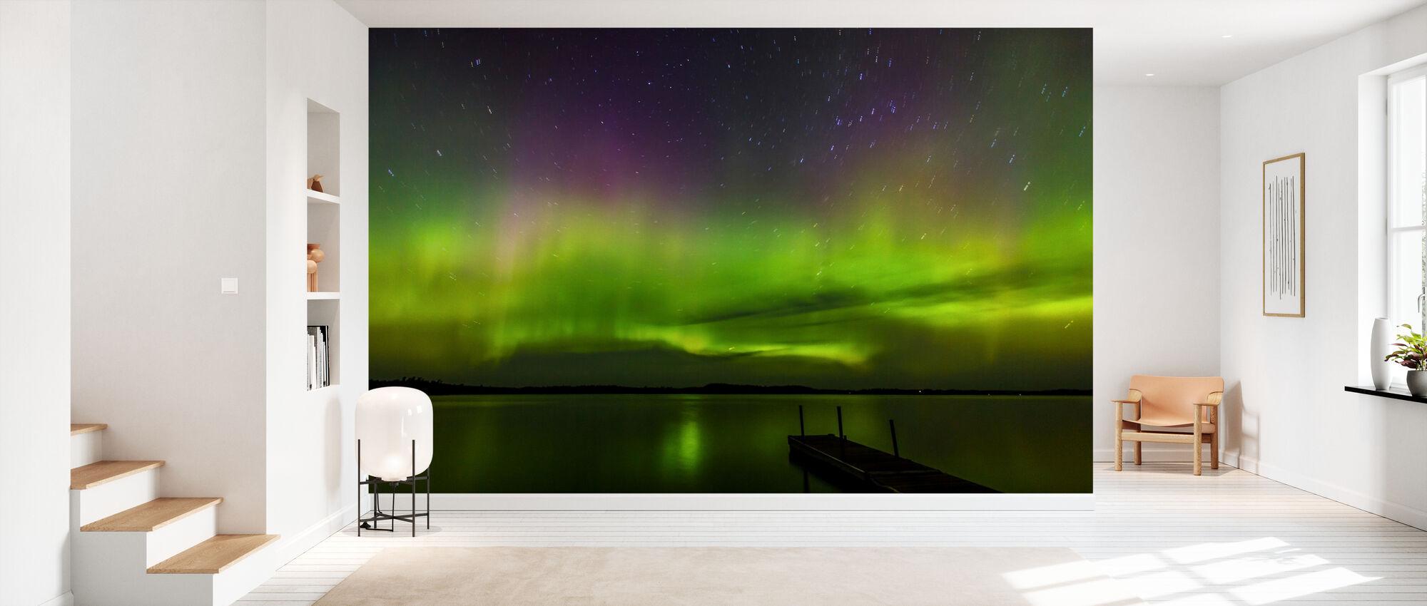 Aurora Borealis over Burntside Lake - Tapet - Gang