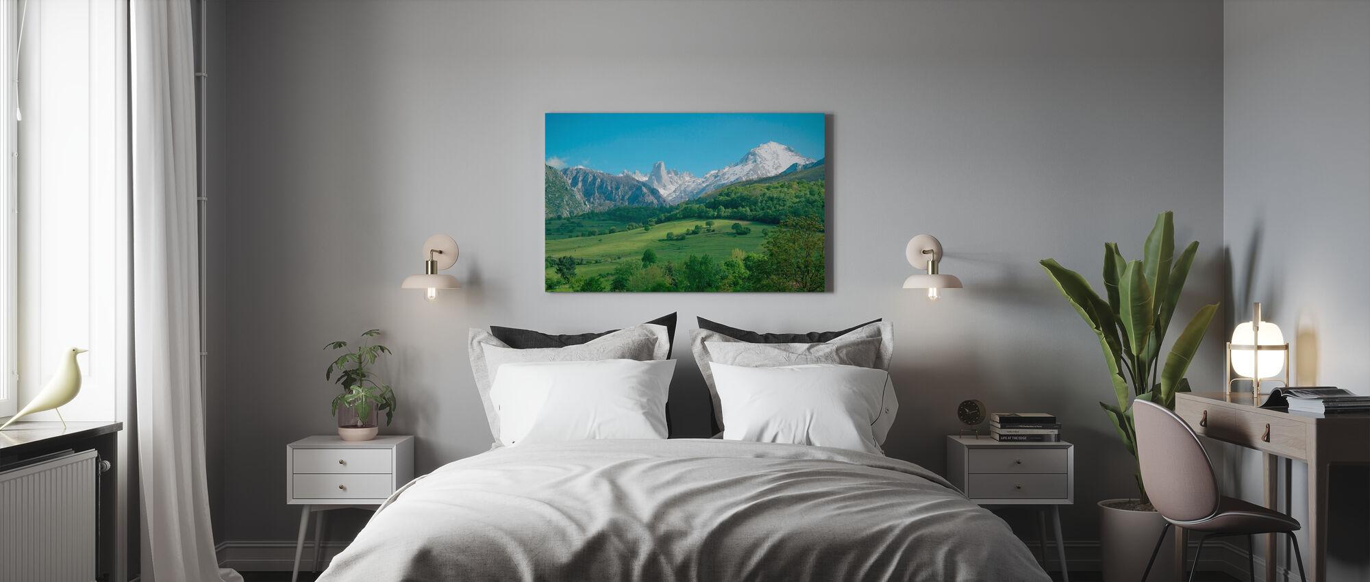 Grote Kalksteenpiek - Canvas print - Slaapkamer