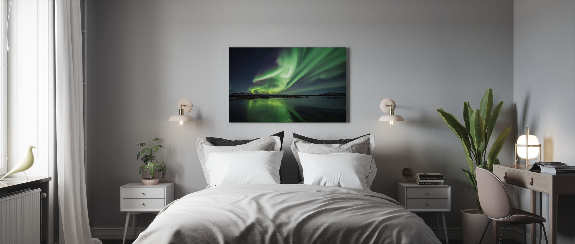 Enchanting Aurora Borealis - Canvas print - Bedroom