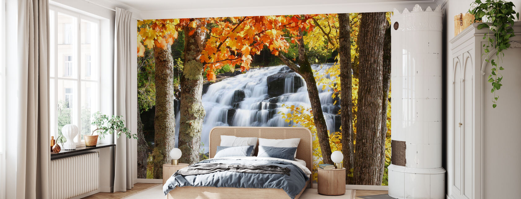 Bond Falls dressed in Autumn colors - Wallpaper - Bedroom