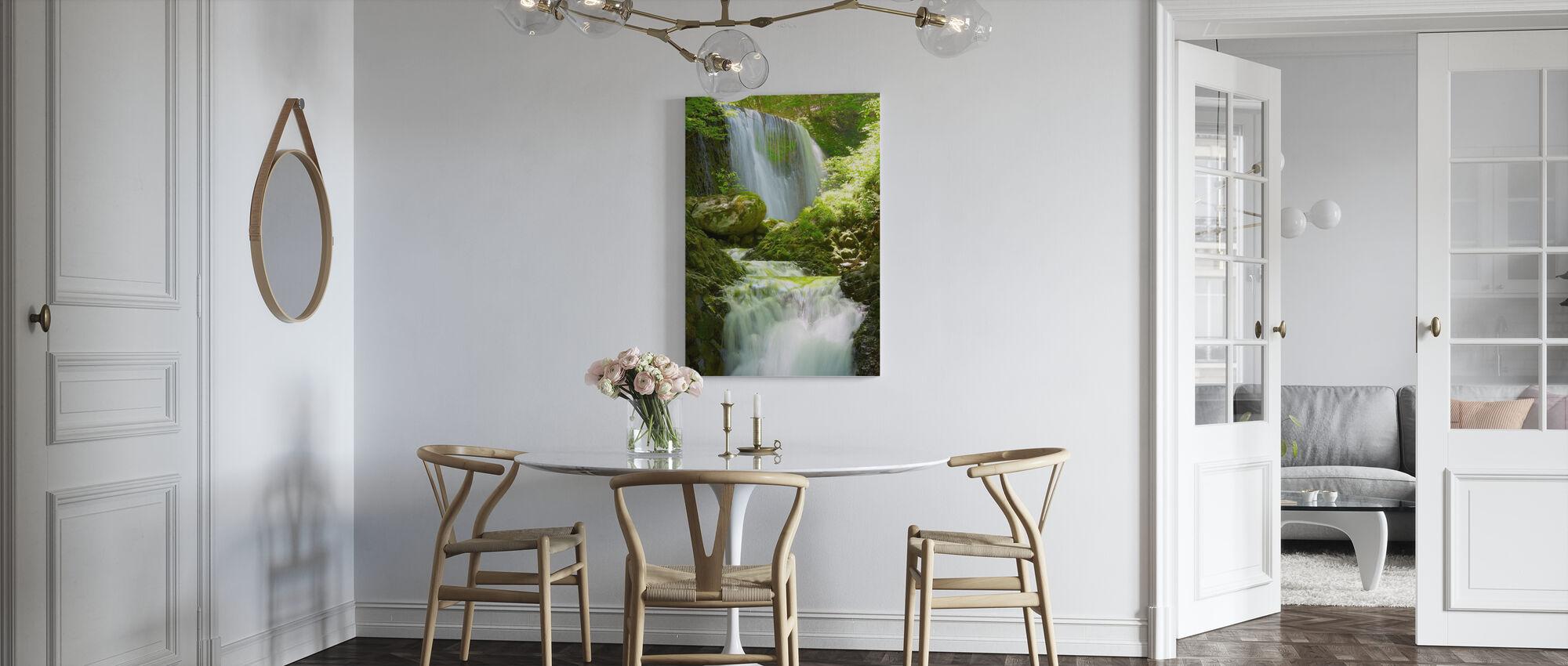 Koromonotaki Falls - Canvastavla - Kök