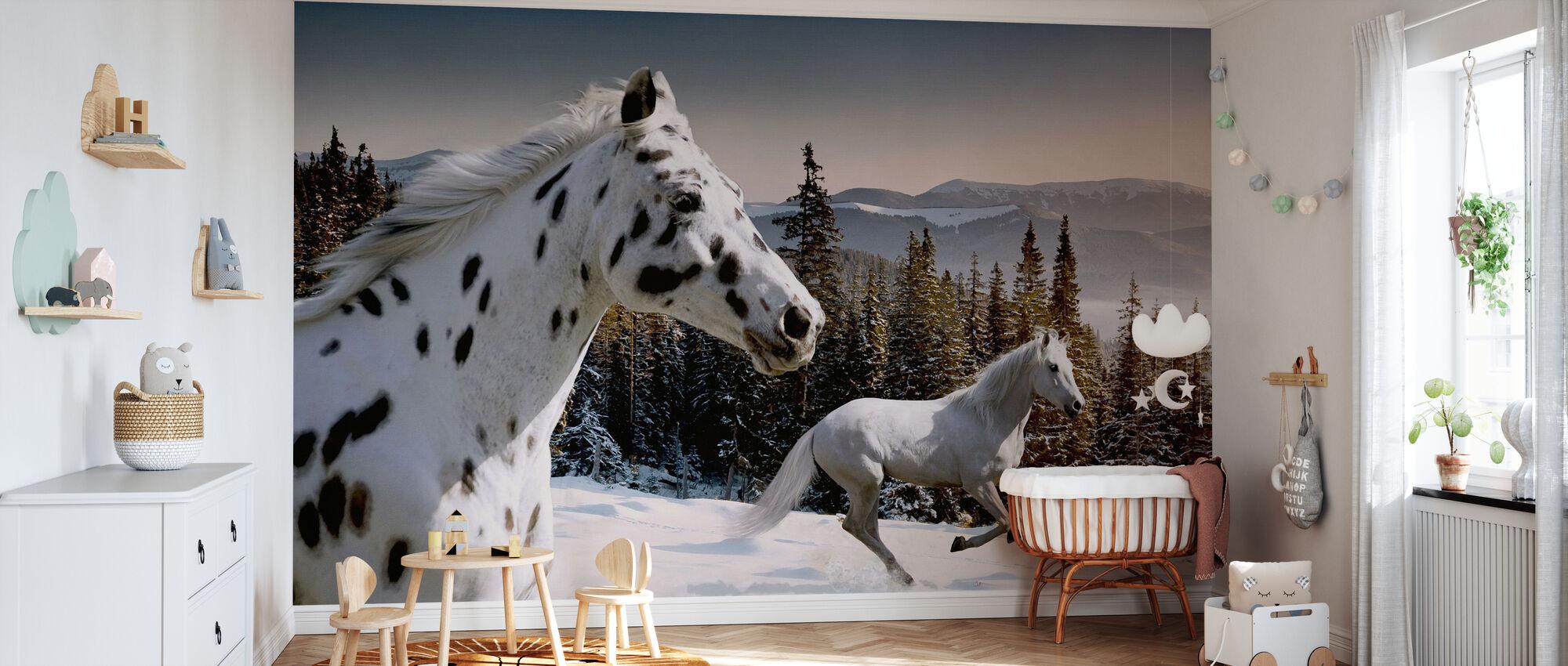 Galopping Winter Wonderland - Wallpaper - Nursery