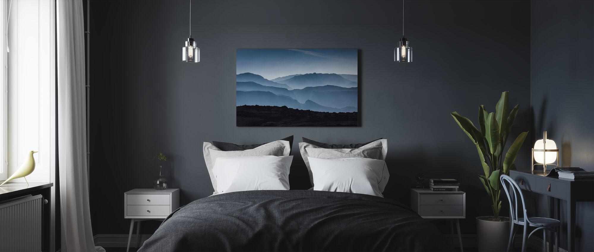 Islannin vuoret - Canvastaulu - Makuuhuone