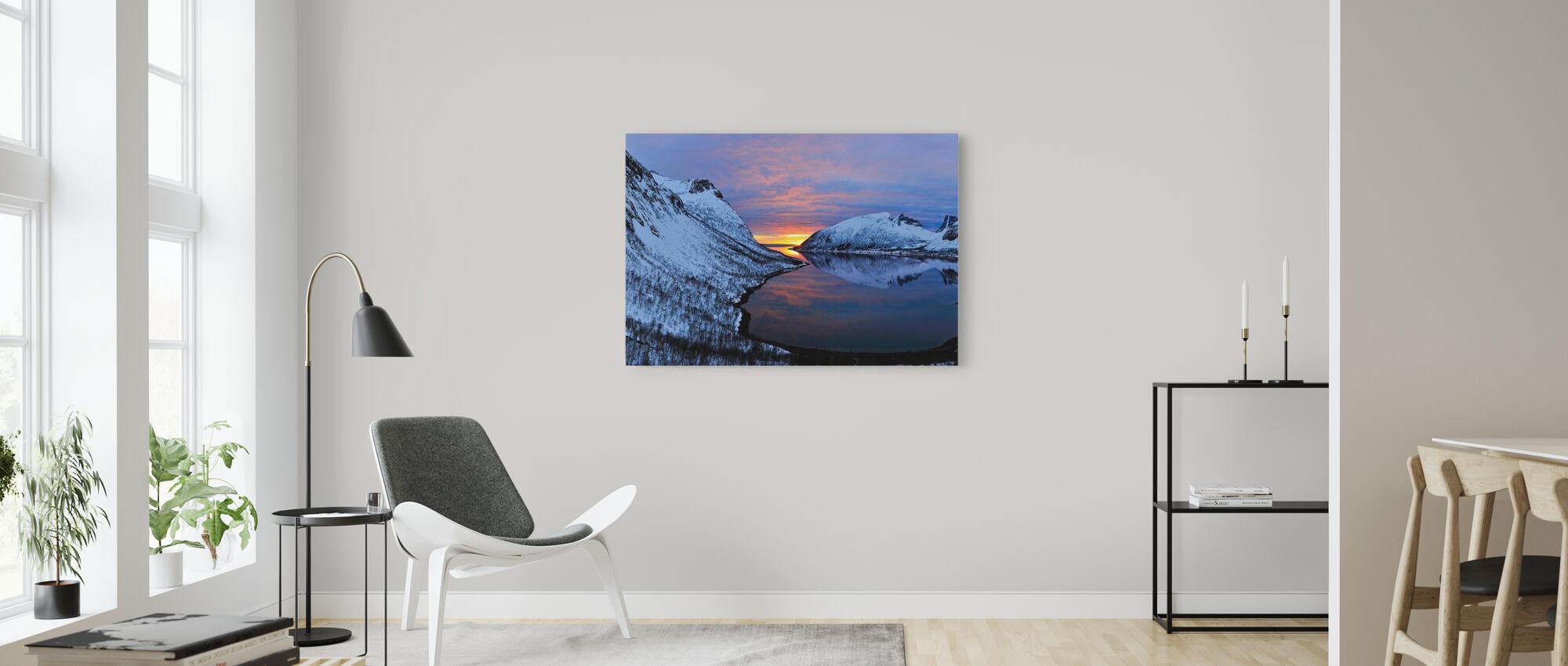 Golden Sunset över Troms, Norge - Canvastavla - Vardagsrum