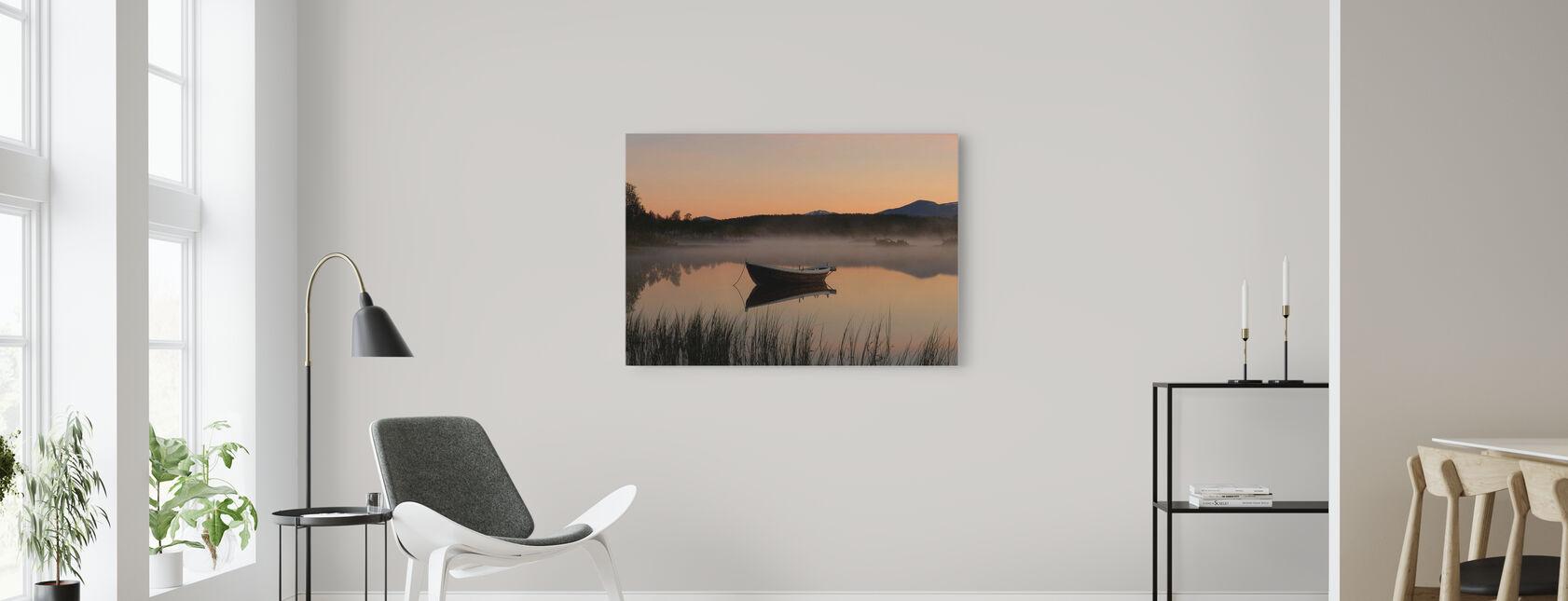 Vredige avond aan het meer, Senja Noorwegen - Canvas print - Woonkamer