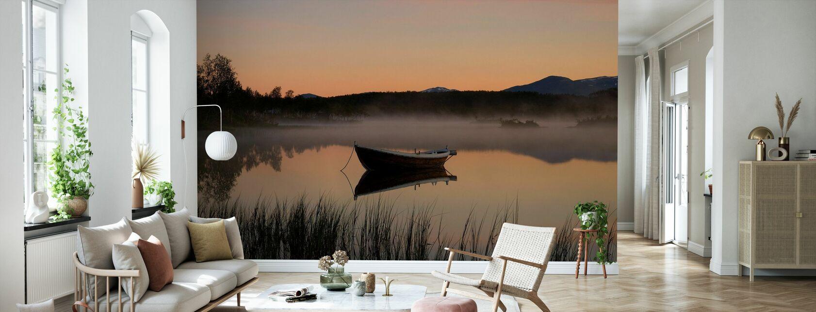Rauhallinen ilta järvellä, Senja Norja - Tapetti - Olohuone