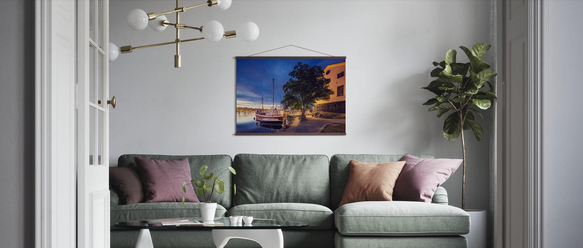 Båtar på Dusk, Stockholm - Poster - Vardagsrum