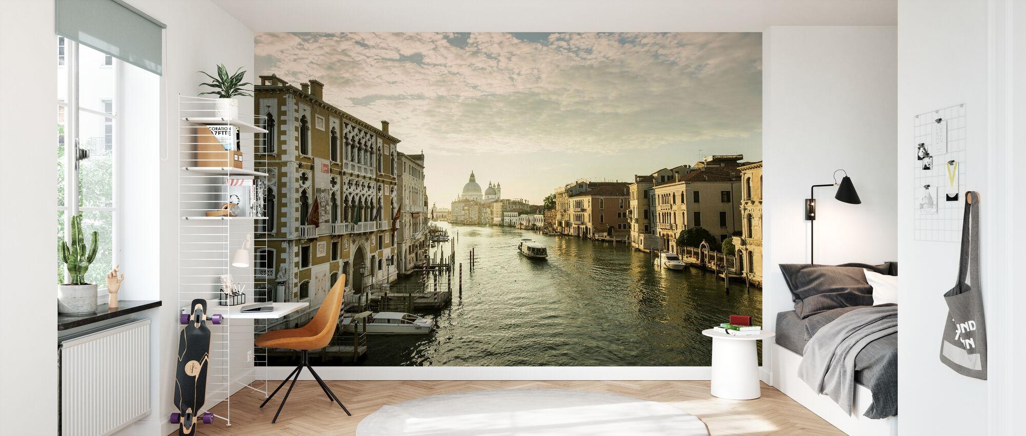 Sunny Venice - Wallpaper - Kids Room