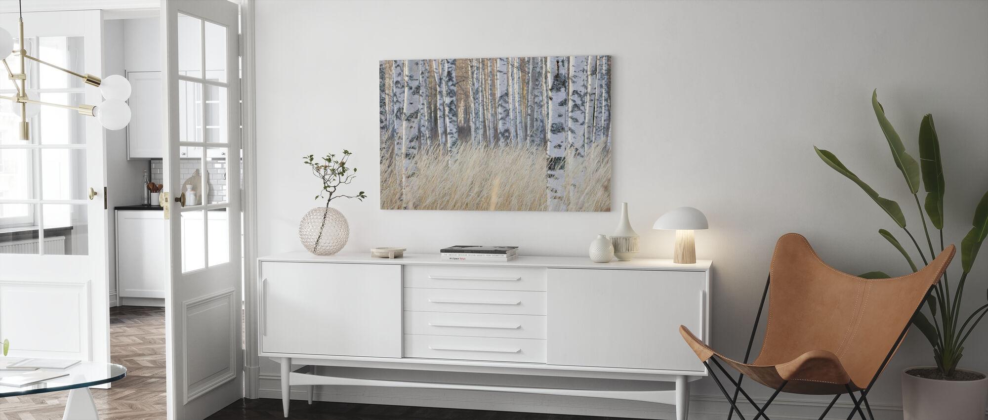 Kevyt koivu metsä - Canvastaulu - Olohuone