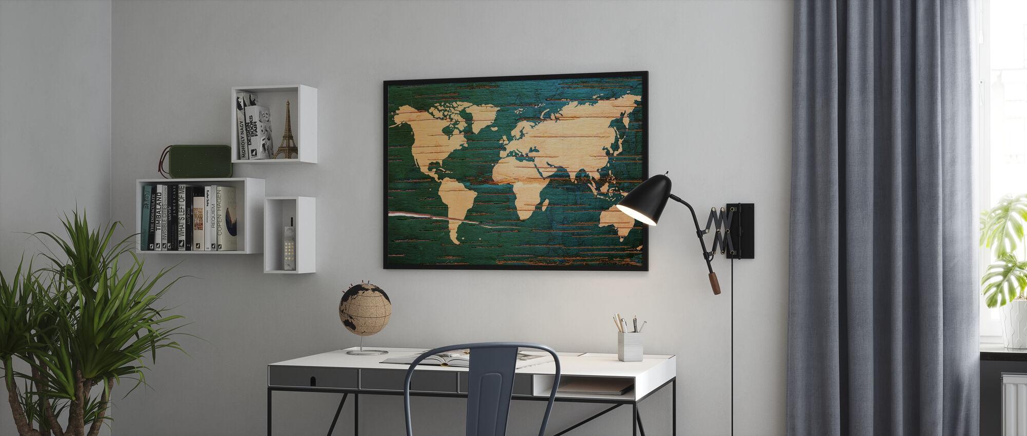 Verdenskart på Wooden Wall - Innrammet bilde - Kontor