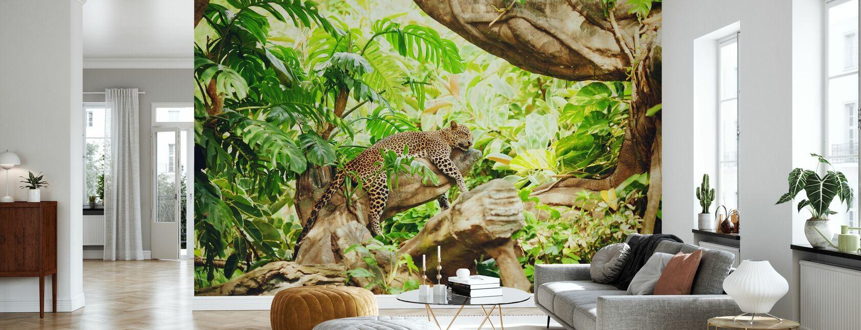 Leopard Dozing i djungeln - Tapet - Vardagsrum