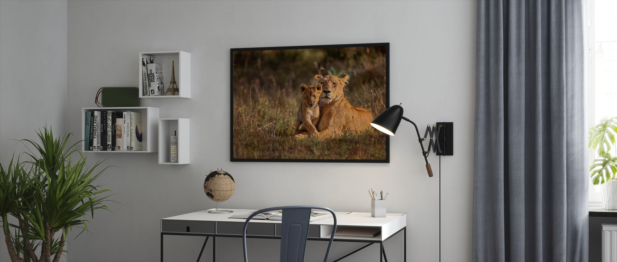 Leijona äiti ja pentu - Kehystetty kuva - Toimisto