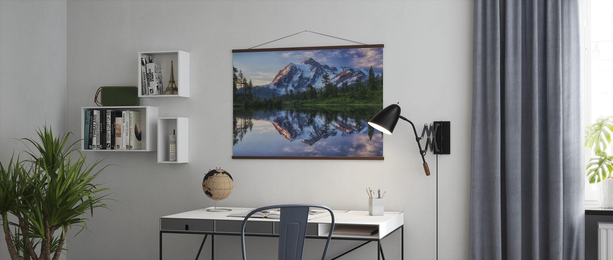 Sonnenaufgang auf dem Berg Shuksan, Washington, USA - Poster - Büro