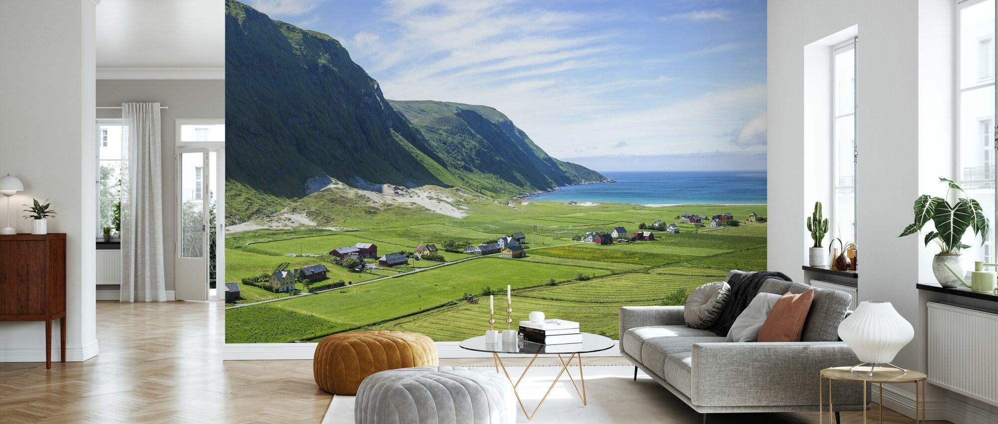 Bygninger Blant Grønne Fields, Norge - Tapet - Stue