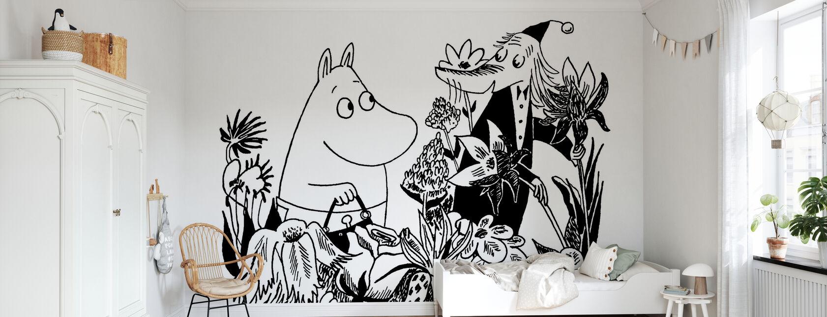 Moominmamma and Fillyjonk - Wallpaper - Kids Room