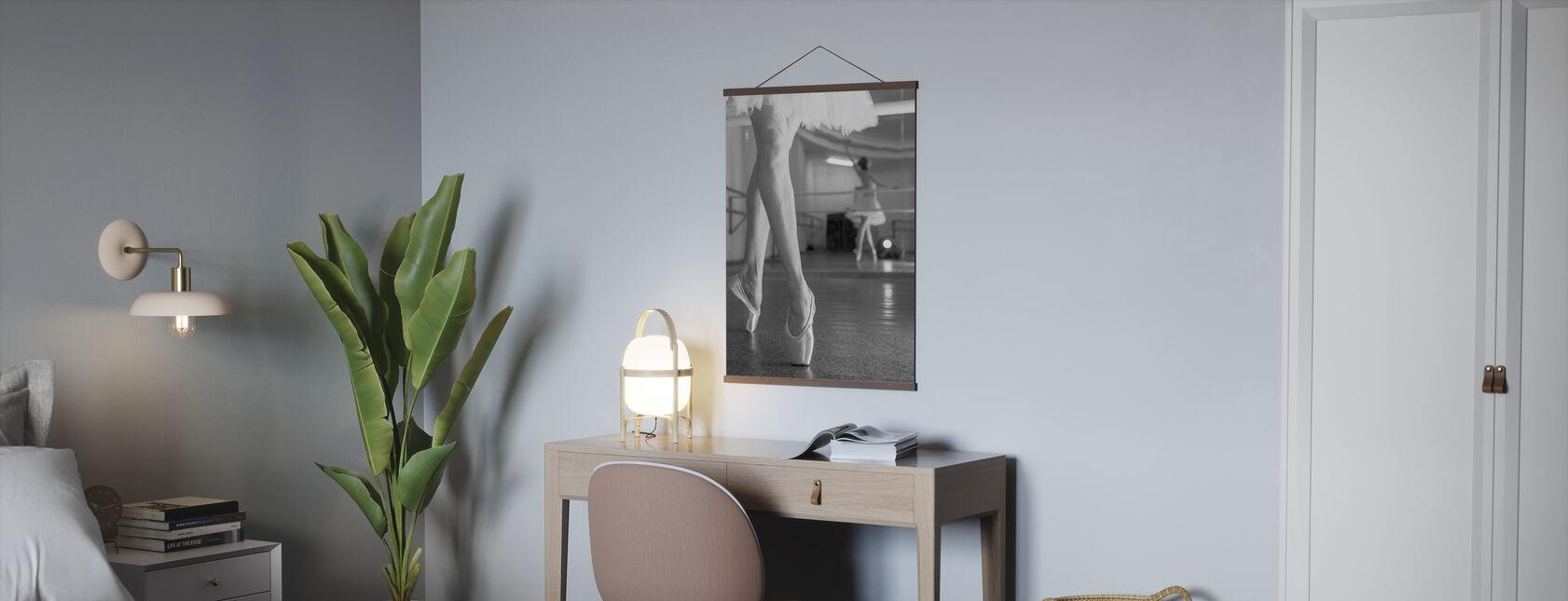 Prima Ballerina, schwarz/weiß - Poster - Büro