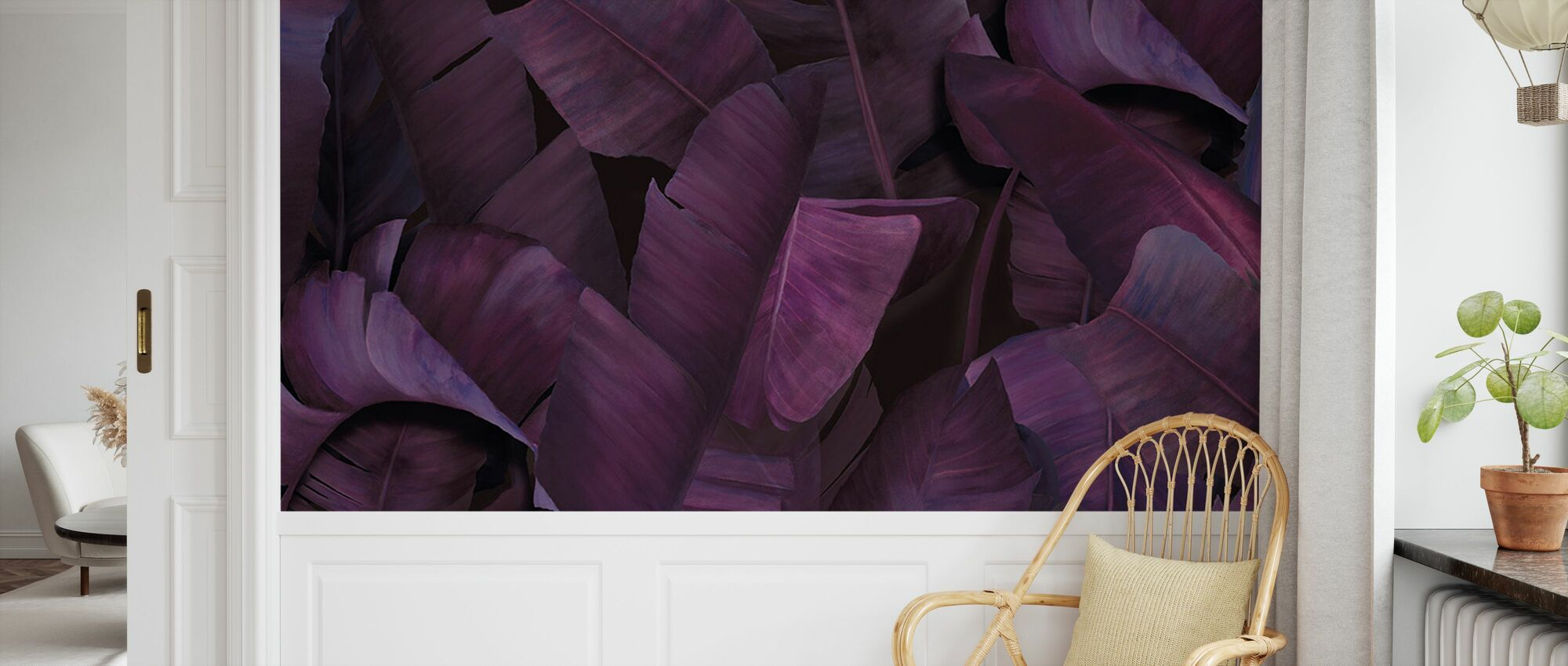Botany Tropical Vivid Violet - Behang - Kinderkamer