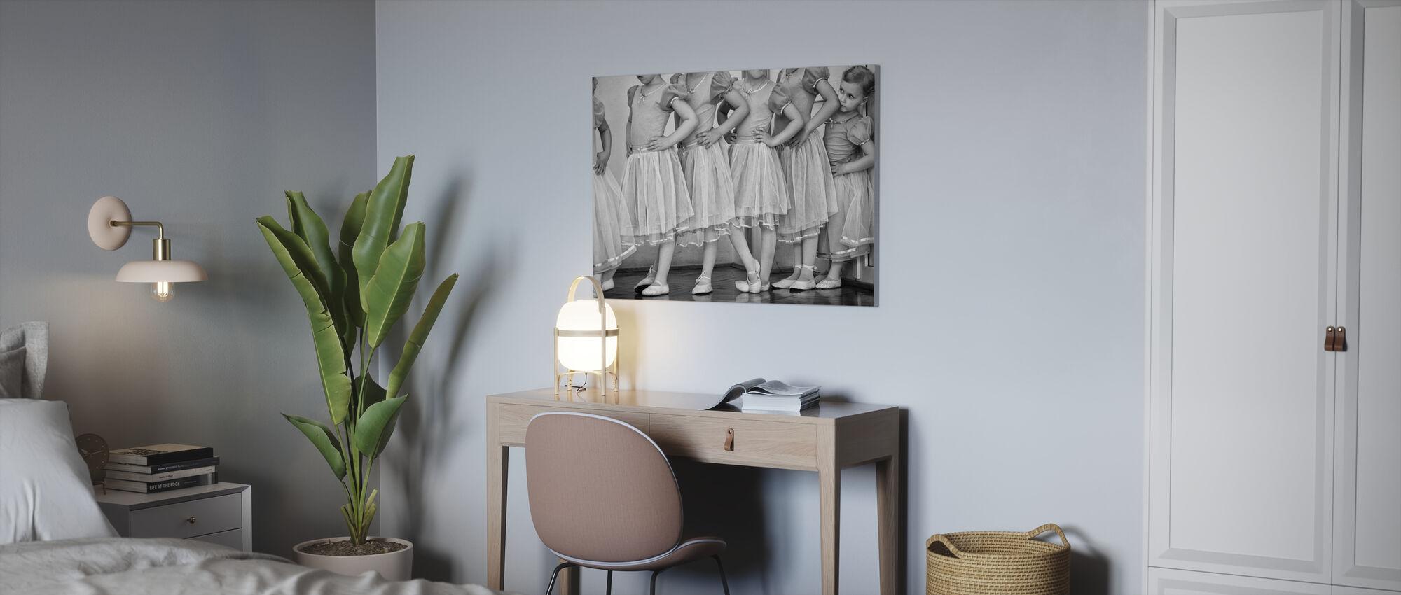 Ballerina - Canvas print - Office