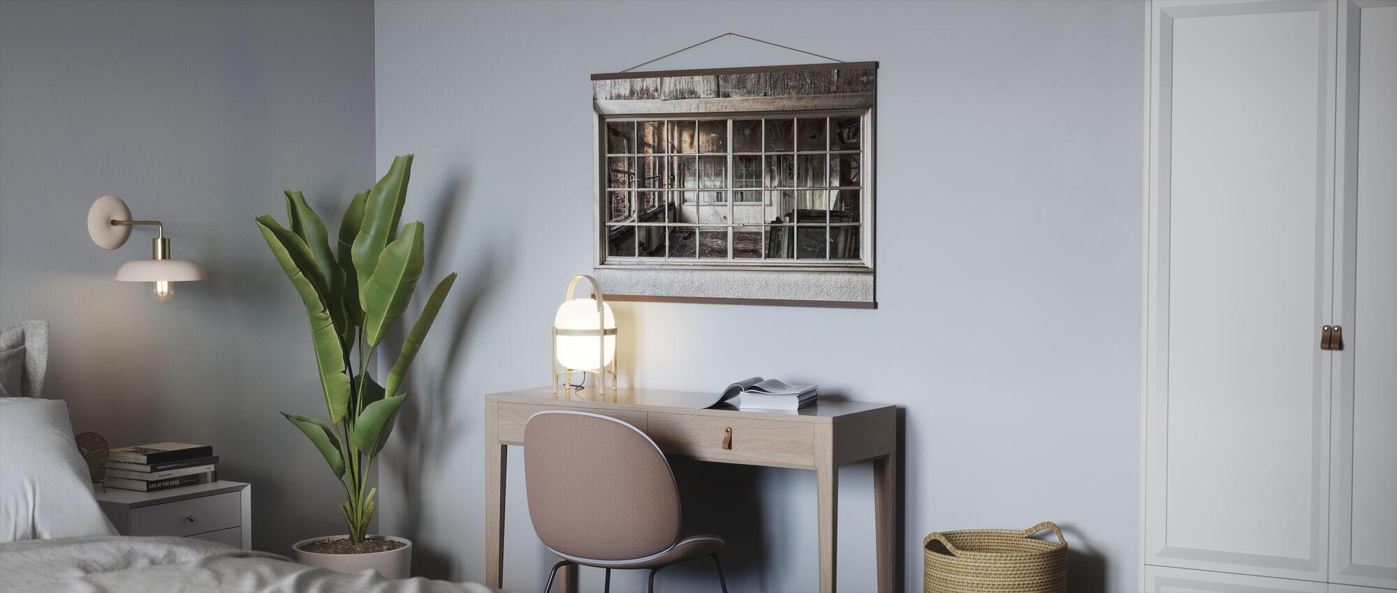Zerbrochenes altes Fenster - Poster - Büro