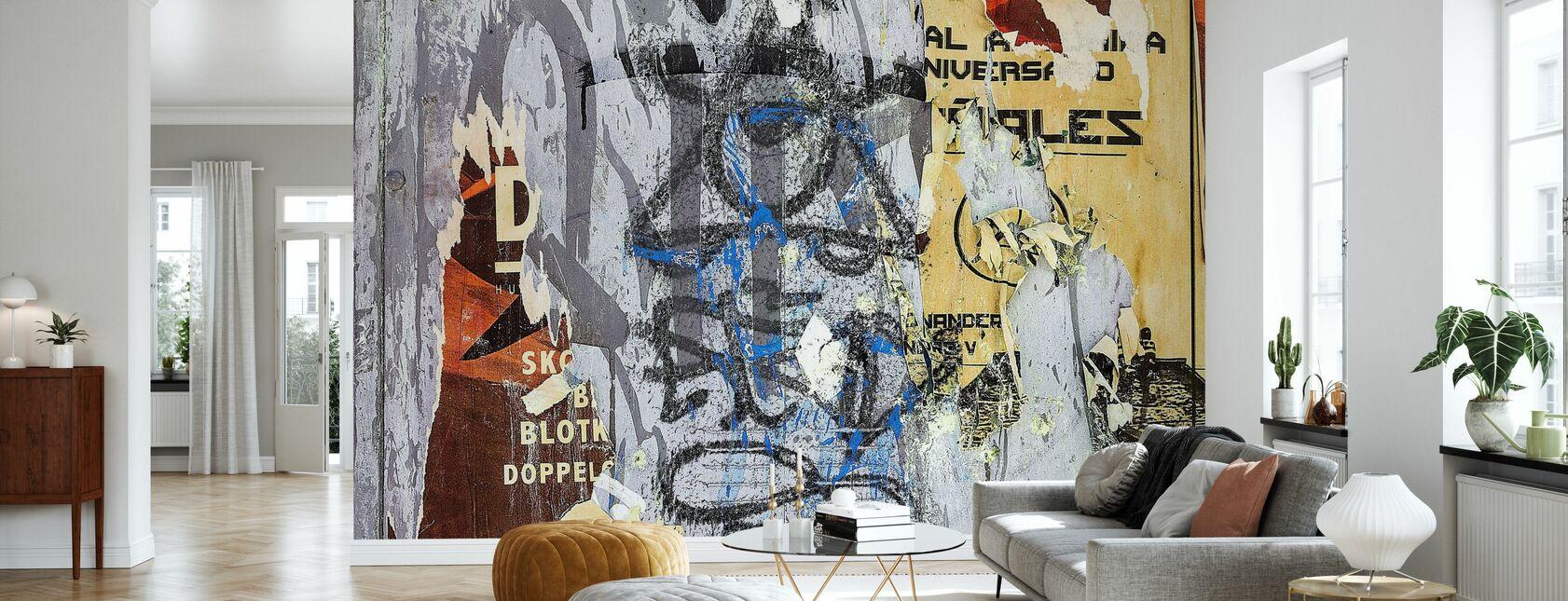 Revitty julisteita ja graffiti - Tapetti - Olohuone