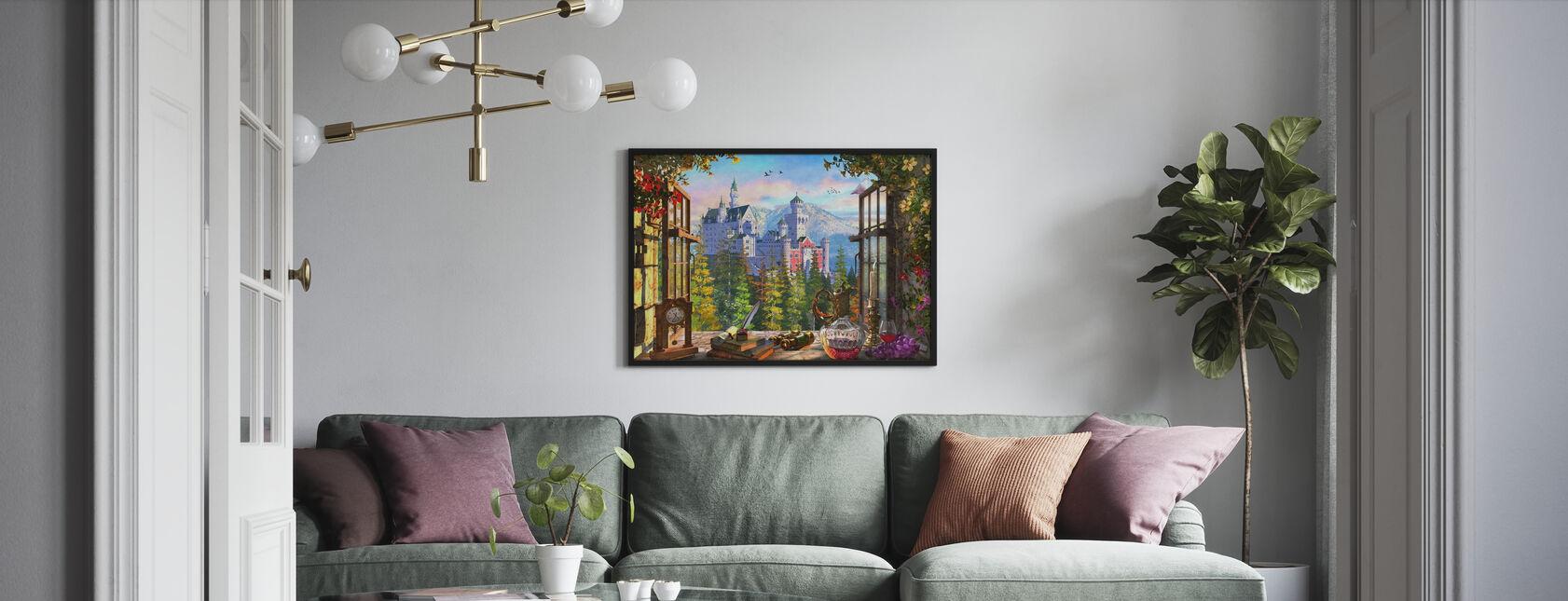 Vuoren linna ikkunan läpi - Kehystetty kuva - Olohuone