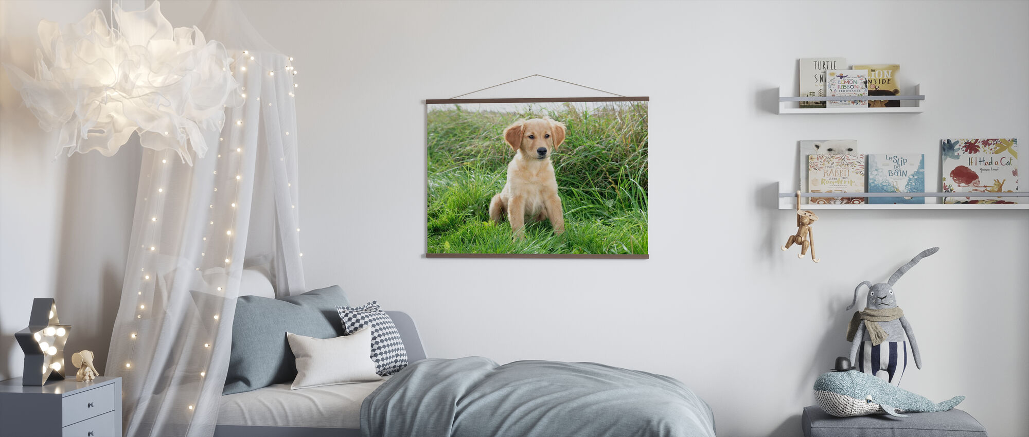 Golden Retriever Welpe in Wiese - Poster - Kinderzimmer
