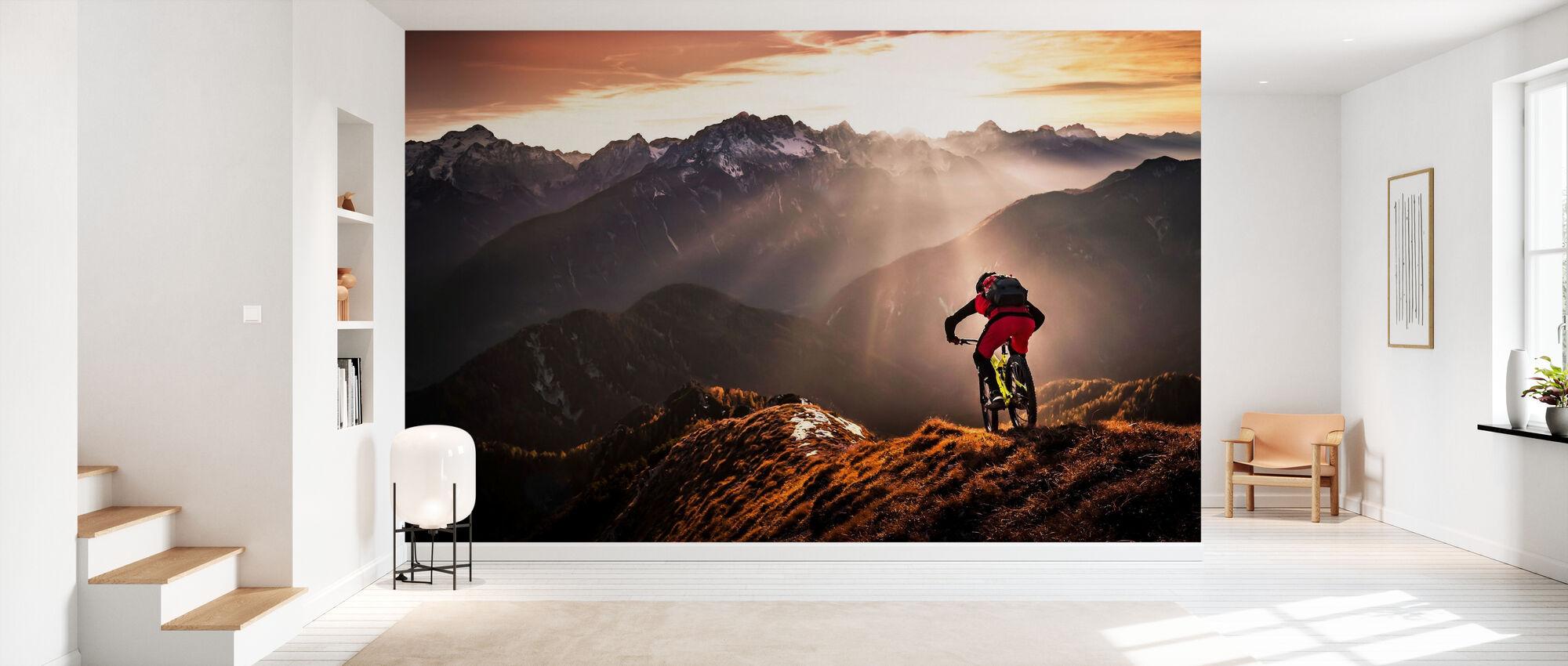 Just Ride - Wallpaper - Hallway